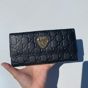 NWT Authentic Gucci Bi-fold Guccissima lg Wallet
